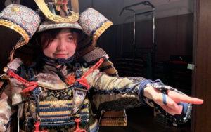 侍 女子 甲冑 鎧
